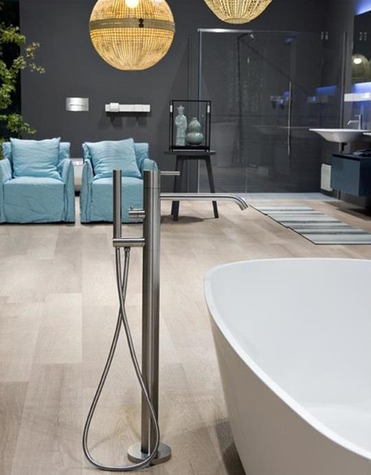 Смеситель Antonio Lupi Ayati AY903LU напольный для ванны, цвет полированная сталь