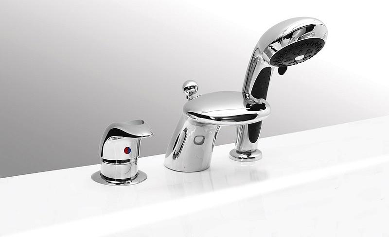 Смеситель Vega Cobra 91А1705025 для ванны